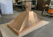 Островной вытяжной зонт «ПРЕМИУМ» из меди для открытого мангала.